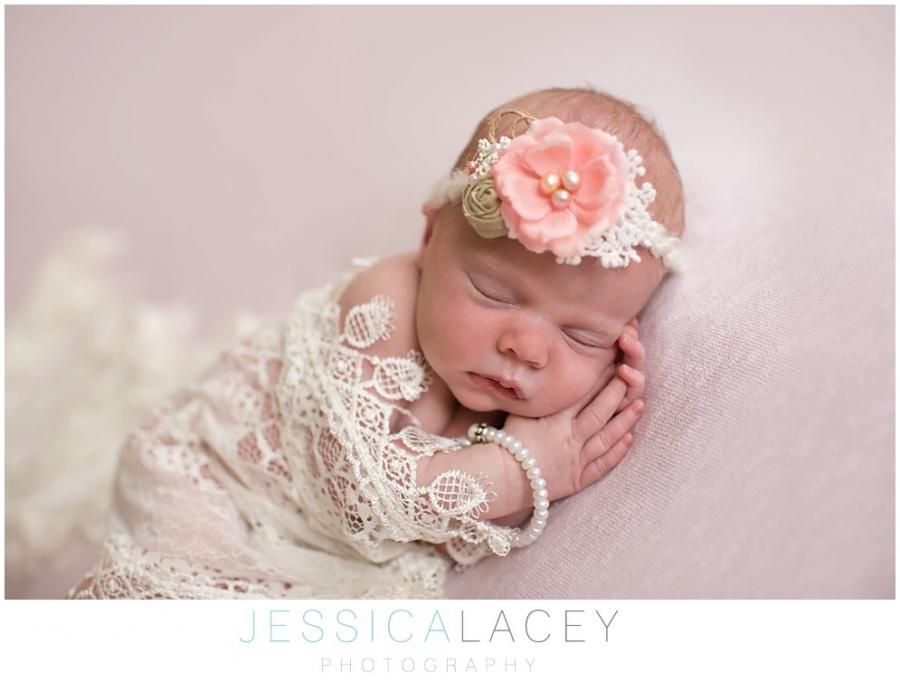 Zoe Newborn Photos (11 of 47)_WEB.jpg