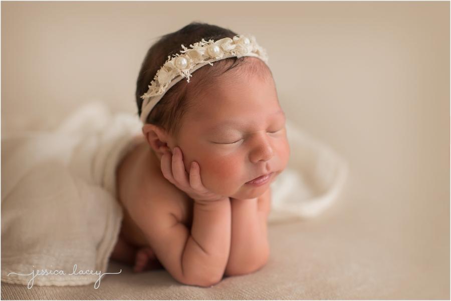 Israa Newborn Photos (23 of 67)_WEB.jpg